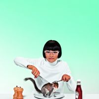 strategie 'Muli-use'. Lisa Ma, Human Invasive Interaction, Grey Squirrel Eating, 2013 – lopend. Foto Charlie Surbey/Wired